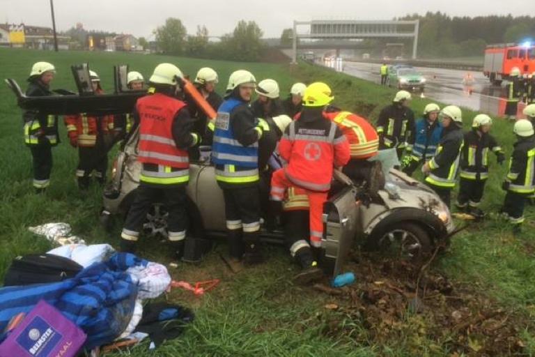 Schwerer Unfall Auf Der A9 Pfaffenhofen Today